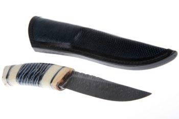 Maryline Lecourtier. Artisan du cuir - Etui pour couteau Bleu marine