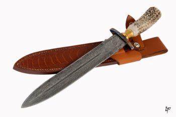 Maryline Lecourtier. Artisan du cuir - Etui dague de chasse