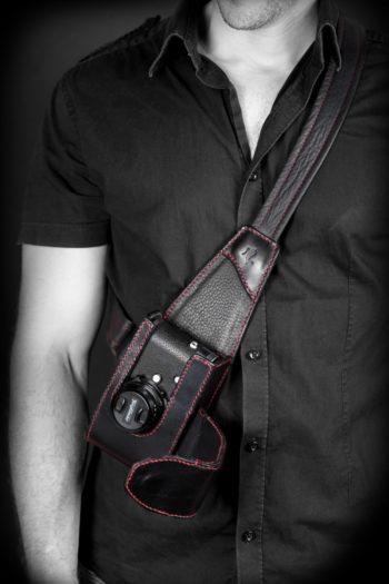 Maryline Lecourtier. Artisan du cuir - Etui holster pour Leica M