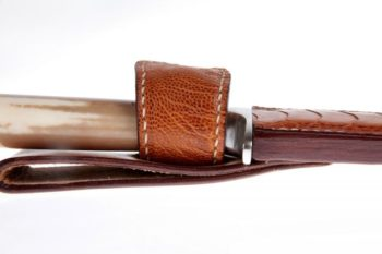 Maryline Lecourtier. Artisan du cuir - Leather sheath