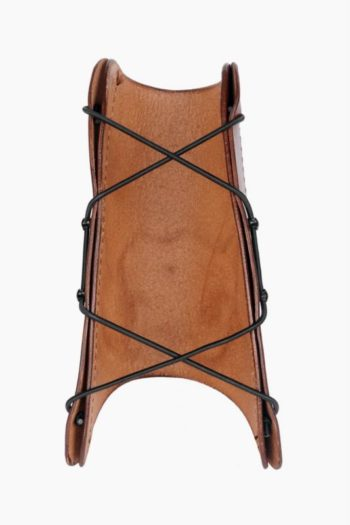 Maryline Lecourtier. Artisan du cuir | Protège bras